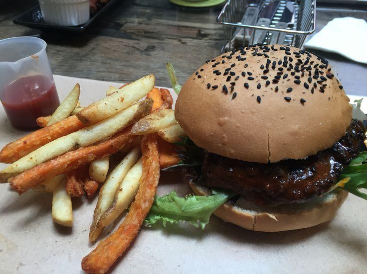 Cajun Chicken Burger @ The Lab SG