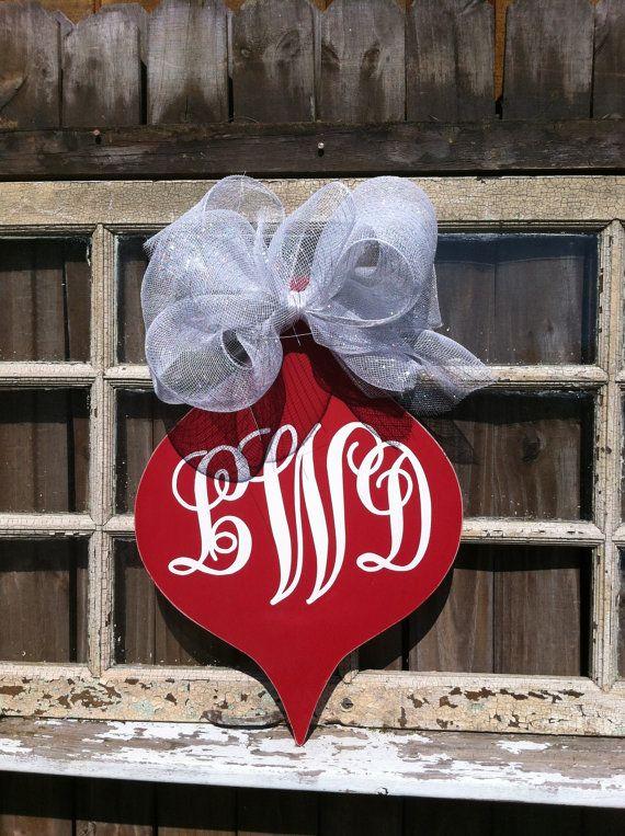 65 best Wooden Door Hangers CHRISTMAS ORNAMENTS images on