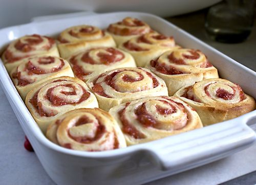 Rhubarb Sweet Rolls. Sweet Mother of Pearl! I must make these!!