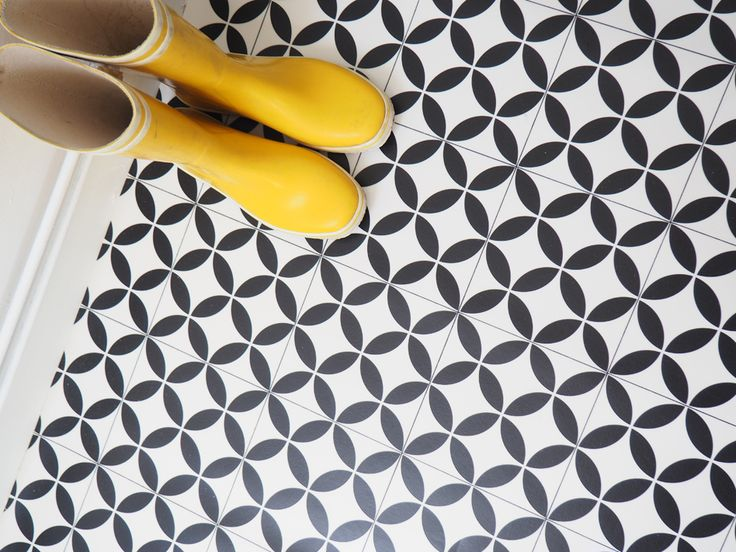 17 best ideas about imitation carreaux de ciment on pinterest texture carrelage carrelage for Sol vinyle imitation carreau de ciment