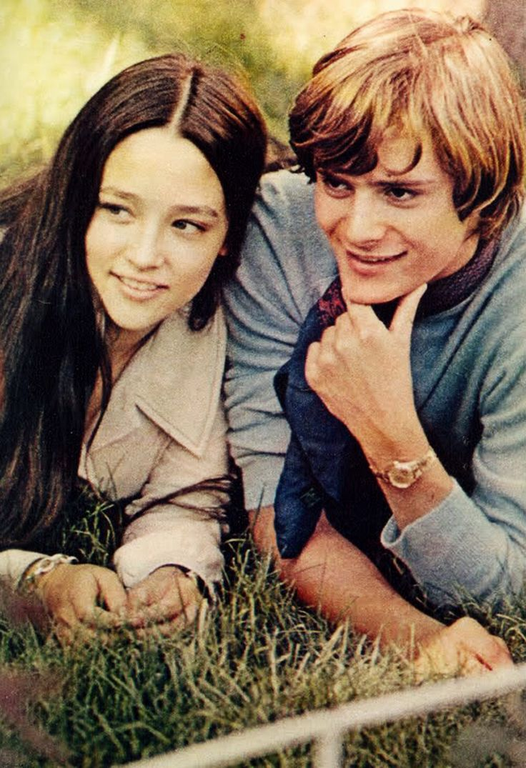 olivia hussey and leonard whiting dating My husband and i watched this movie together when we were first dating i remember loving it | 「olivia hussey  leonard whiting, olivia hussey, john mcenery.