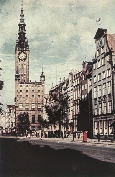 Długi Targ w roku 1940 / Long Market in 1940 | photo: www.danzig-online.pl