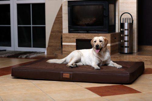 Aus der Kategorie Betten  gibt es, zum Preis von EUR 149,95  <b>Orthopädische Hundematratze OSCAR Ortho-Medic Memory Foam</b>  <br /> Unsere Hundematratze OSCAR Ortho-Medic mit Memory Foam von tierlando ist die ganz besondere Matratze für Ihren Hund.  <br />  <br />  <b>BEZUG (Kunstleder mit Velour-Einsatz)</b>  <br /> Bezug aus weichem, anschmiegsamen Kunstleder, in 5 Farben. (braun, graphit, schwarz, bordeaux und creme).  <br /> - wasserabweisend  <br /> - kaum von echtem Leder zu…