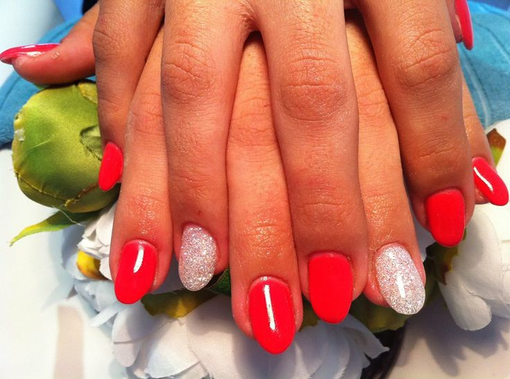 Gorgeous red nails by Gloss Beauty! x