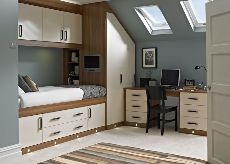 fitted bedroom furniture for small rooms 37 best ideas about bedrooms on fitted bedroom 20476