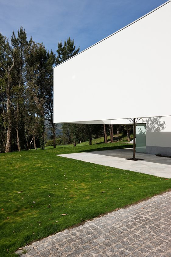 Eduardo Souto De Moura — House in Ponte de Lima — Image 3 of 35 — Europaconcorsi