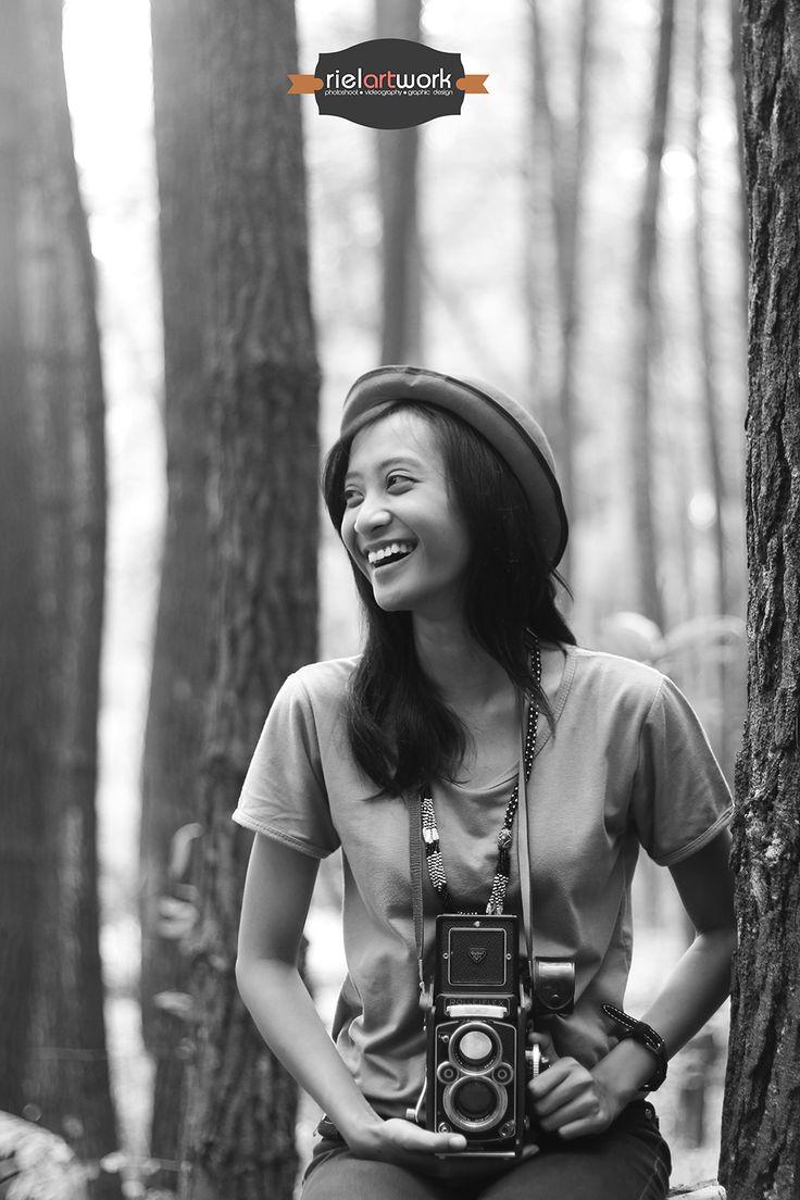 Christine Candra With Rolleiflex