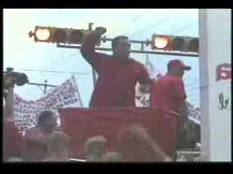 "GRUPO MADERA ""UH! AH! CHAVEZ  NO SE VA!"" (via @luizraatz) | Grandes momentos del comício-arte latino"