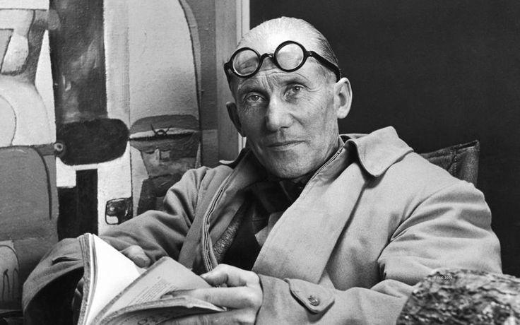 르 코르뷔지에(Le Corbusier, 1887년 10월 6일 ~ 1965년 8월 27일/ 스위스 태생의 프랑스 건축가) 근대건축의 5원칙-필로티(철근 콘크리트 기둥),옥상정원,수평창,기둥과 벽의 분리,자유로운 평면과 입면