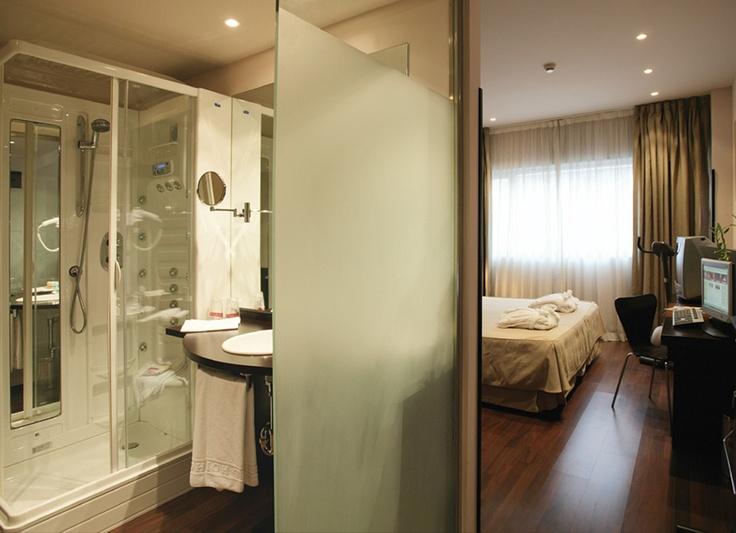 Best 25 hotels madrid spain ideas on pinterest hotels for Habitacion familiar madrid