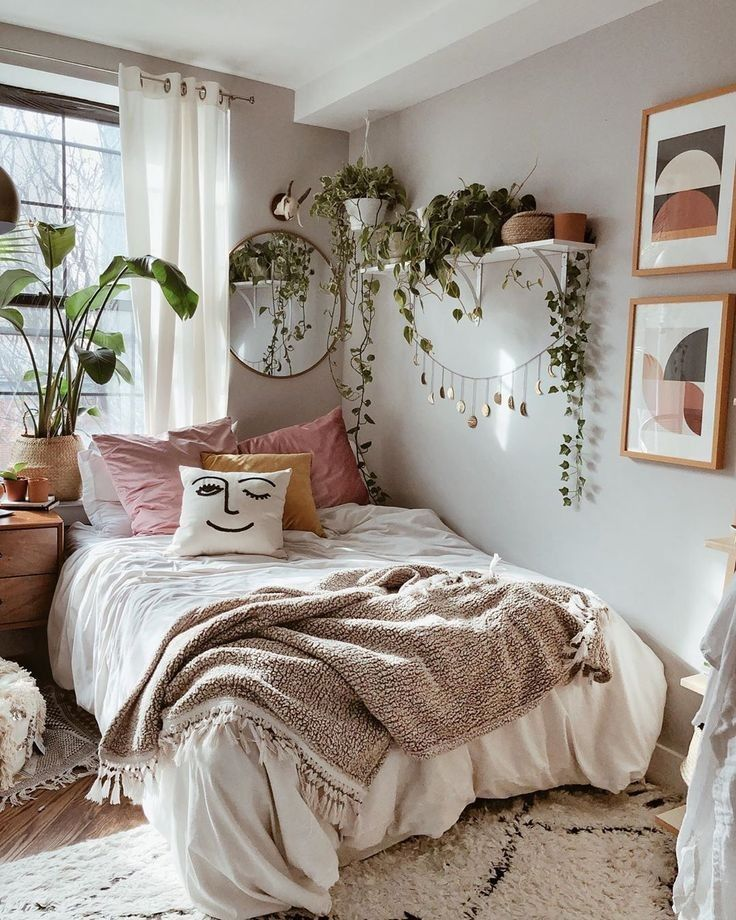 Awesome Cozy Bohemian Bedroom Ideas For Your First Apartment 3 Aesthetic Bedroom Bedroom Decor Interior Design Bedroom Small