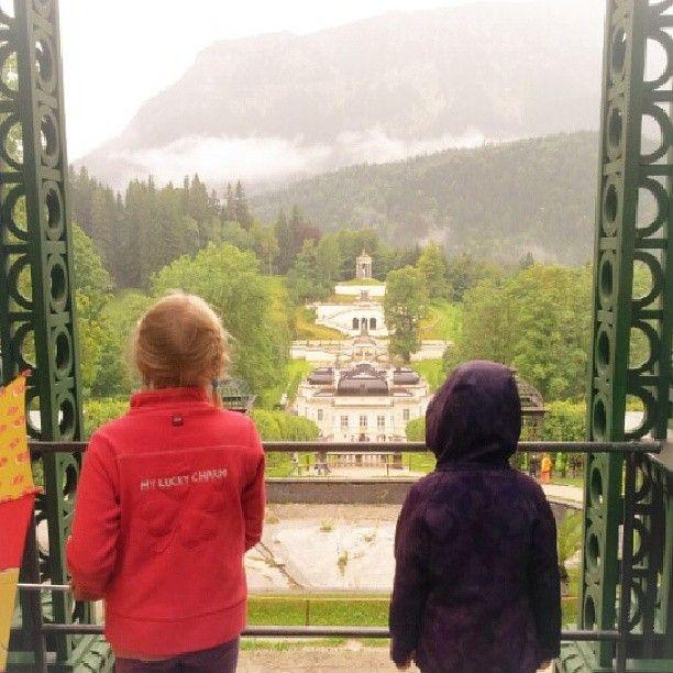 Schade Dass Das Wetter So Schlecht War Trotzdem Toll Ich War Das Letzte Mal Als Kind Auf Schloss Linderhof Castle Schloss Schlosslinderhof Castlelin In 2020 Lucet