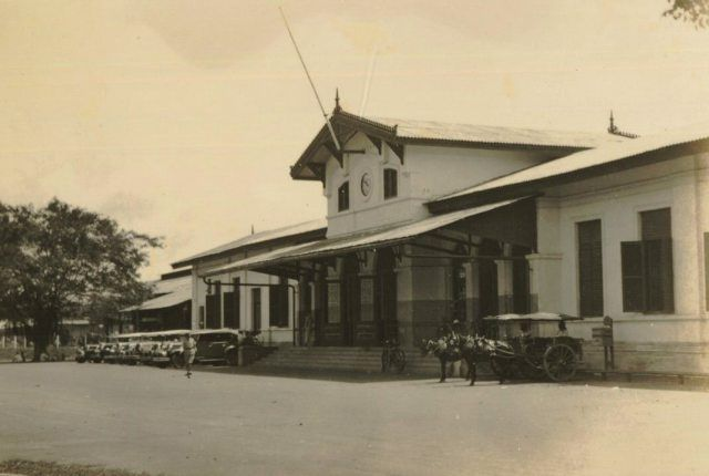 Soerabaja, Station Goebeng. ca. 1935