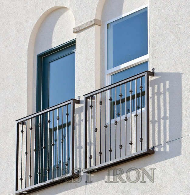 Source Simple Forged Iron Window Railing Design Juliette Iron Window Railings On M Alibaba Com Balcony Railing Design Juliet Balcony Railing Design