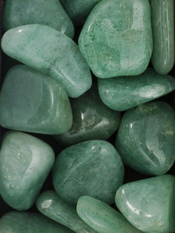 "Aventurine ~ ""helps to calm anger or annoyance"" yeah, look at how beautiful this is. You can't stay mad and look at it."