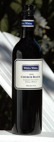Wirra Wirra Church Block 2008 Cabernet (48%) Shiraz (37%) Merlot (15%) Stunning aroma, complex yet smooth taste.