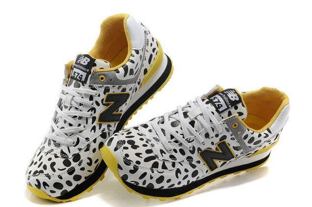 Running shoes New Balance 574 Women Cows White