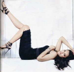 Sonakshi Sinha hot wallpapers collection in 2014