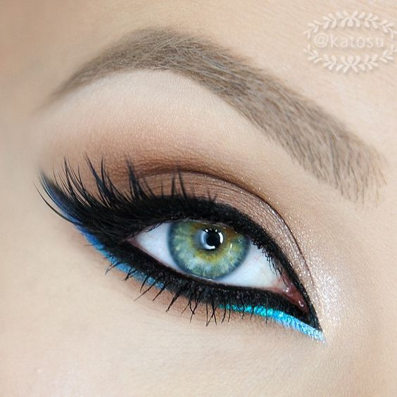 #maquillage #libanais #glamour #turquoise #eyeliner #monvanityideal