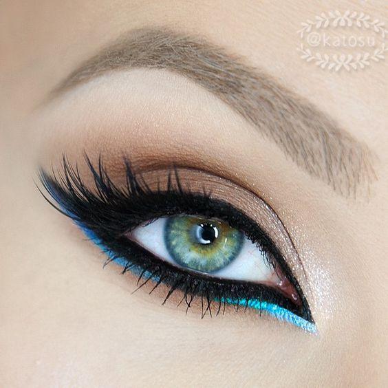 maquillage libanais glamour turquoise eyeliner monvanityideal - Maquillage Libanais Mariage