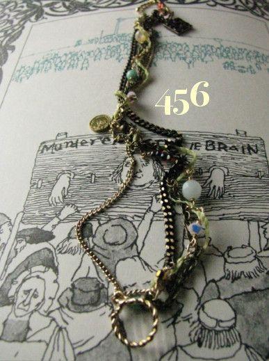 arlequin   Tarot 運命の輪 456 bracelet〜1ポンドのコインで占うタロットカードを捲ると......☆と運命の輪〜4種類のチェーンと...|ハンドメイド、手作り、手仕事品の通販・販売・購入ならCreema。