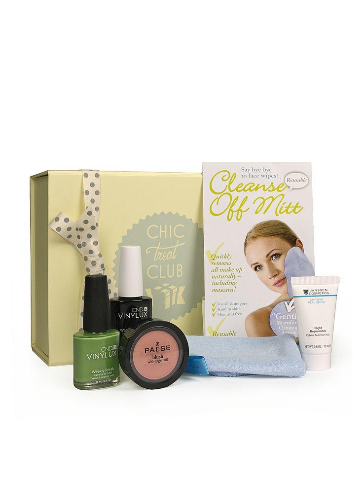 Janssen Cosmetics is in Chic Treat Club April box!