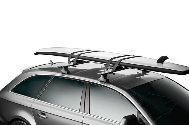 Thule Board Shuttle 811 on car