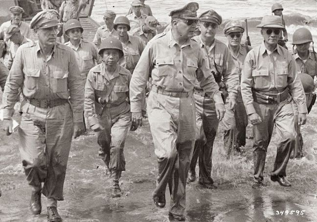 douglas macarthur 2 essay Douglas macarthur grave keyword after analyzing the system lists the list of keywords related and the list of websites with related content, in addition you can see which keywords most interested customers on the this website.