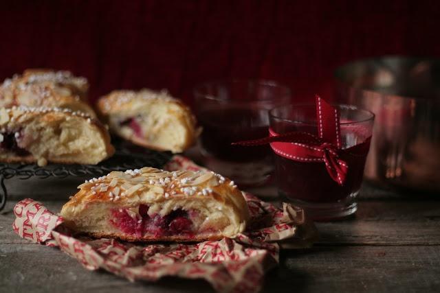 Pistachio: Sezon świąteczny rozpoczęty. Wiedeński poncz i ciasto z żurawinami.