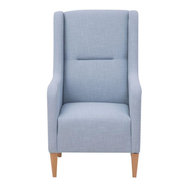 FOTELTANGO Fotel wypoczynkowy Tango to mebel do salonu charakteryzujący się bardzo wysokim oparciem co z pewnością docenią wysocy użytkownicy. Profilowana część lędźwiowa i oparcia sprawia, że jest on wygodny ipozwala na spędzanie dłuższej ilości czasu przed telewizorem lub z książką. Drewniane wysokie nóżki zwracają na siebie uwagę i podkreślają elegancję fotela.Siedzisko posiada sprężyny bonellowe i faliste dzięki czemu cechuje je odpowiedni komfort.