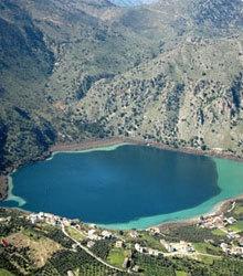 West Kreta: Kournas Lake. Rethymno, Kreta. Met zwager en zijn vriendin en manlief in 2010