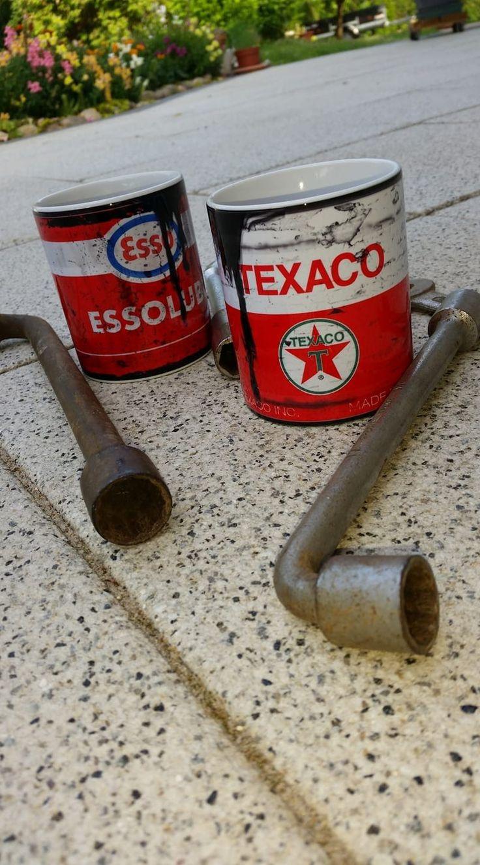 Mugs Texaco et esso vintage, un cadeau original pour les garagistes #lamaisondelonclesam #produitaméricain #madeinusa #esso #gazoil #essence #texaco #mobil #shell #stp