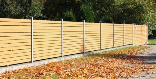Bezúdržbový plot - dřevoplast.