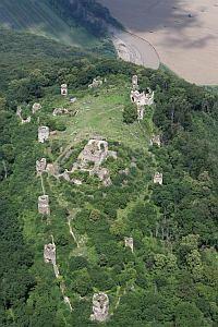 Šarišský hrad (Castillo de Šariš), a unos pasos de Prešov, Eslovaquia.