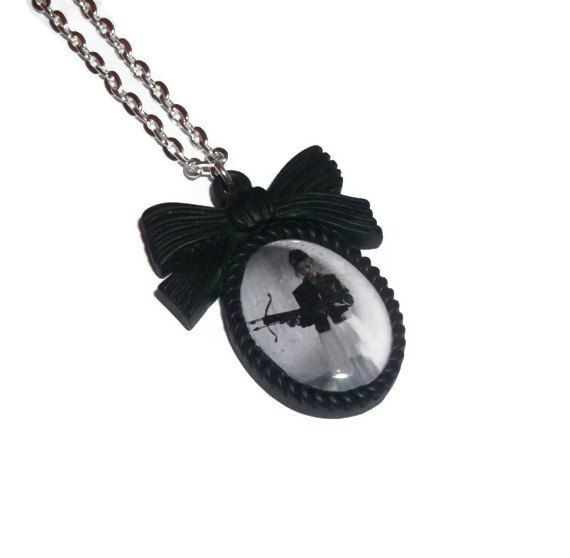 Buffy the Vampire Slayer Necklace Black Cameo Buffy Summers