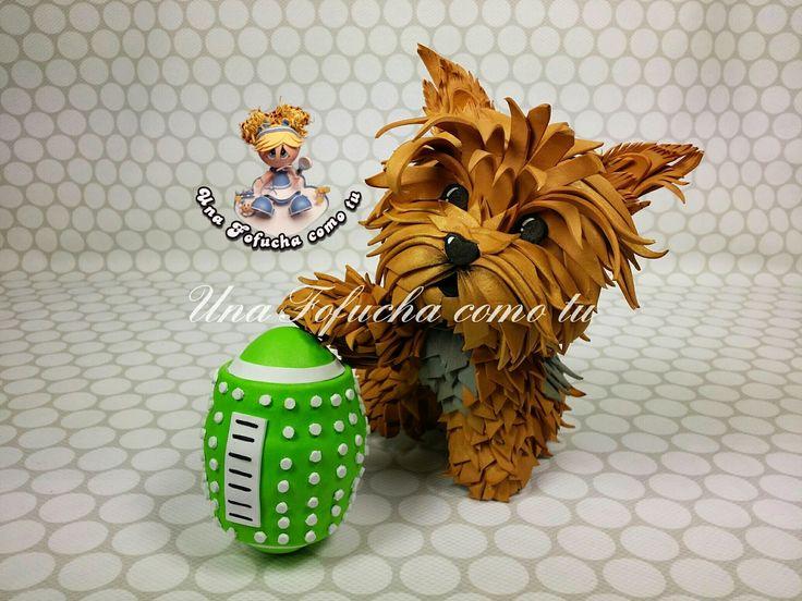 Una Fofucha como tu: Ricky, con su juguete favorito, un encantador Yorkshire...  https://www.facebook.com/UnaFofuchacomotu