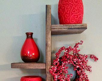 Modern Rustic Pallet Wood Shelves Reclaimed von TheWoodGarageLLC