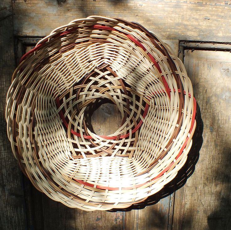 another interesting basket bottom.#basket#wicker basket