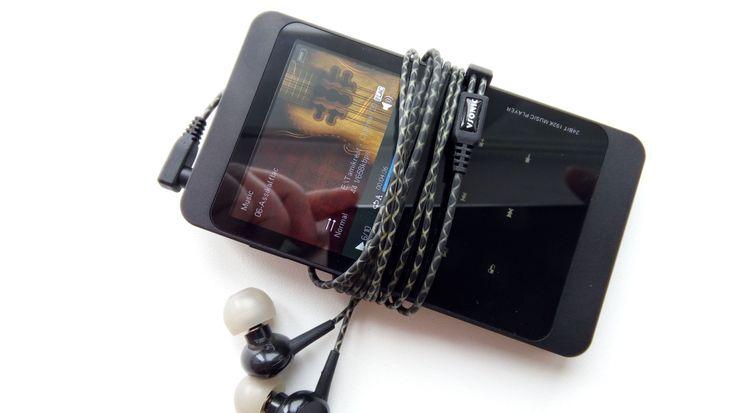 Jouw muziek in de hoogste mogelijk kwaliteit afspelen is mogelijk, maar vaak niet met de smartphone, maar met een zogenaamde LossLess FLAC / MP3 speler! Deze player kan dus ook de formaten FLAC, APE, ALAC, WAV, WMA en natuurlijk MP3 aan. Dit gaat dus in principe om ongecomprimeerde muziek, waardoor de hoogste kwaliteit gehaald kan worden! Nu €63 (met CouponCode) met een gratis 16GB MicroSD card!  http://gadgetsfromchina.nl/lossless-high-quality-flac-mp3-player-e63/  #Coupon #CouponCode…