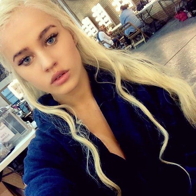 On Set ! !!!! Rosie Mac Official Daenerys Double for #GameOfThrones Season 5 <3 Popcorn Time !! :D #TheWinterIsComing