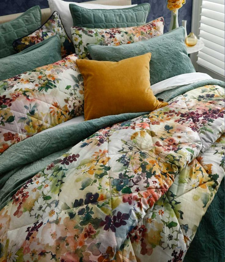 WILDFLOWER Comforter Set in 2020 Comforter sets