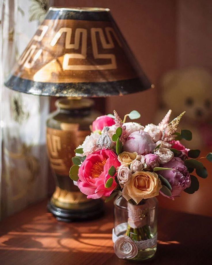 Доброго утра и отличного настроения 😉 Радуйте дорогих вам людей цветами 🌸🌸🌸 #цветы #букет #флористика #букетневесты #невеста