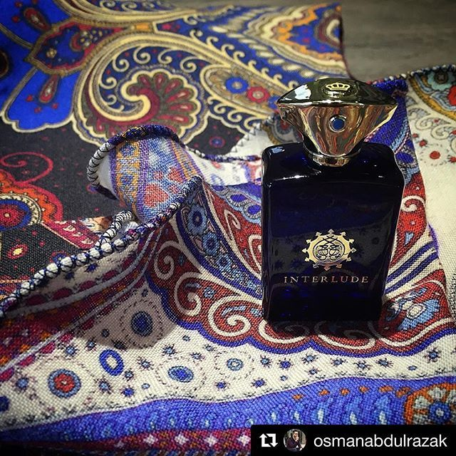 Interlude - the modern Man collection! #osmanabdulrazak #DapperDa #menswearinfluencer #bespoketailor #atelierstudio #privatelabel #amouage #moderncollection #menscolonge #oman #merinowool #paisley #playofcolors #bespokecampaign #no20 #knk #gabbanalife #BespokeFor #india