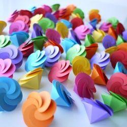 Jolies boites à dragées, à retouver sur http://www.ladrageedesign.com/fr/