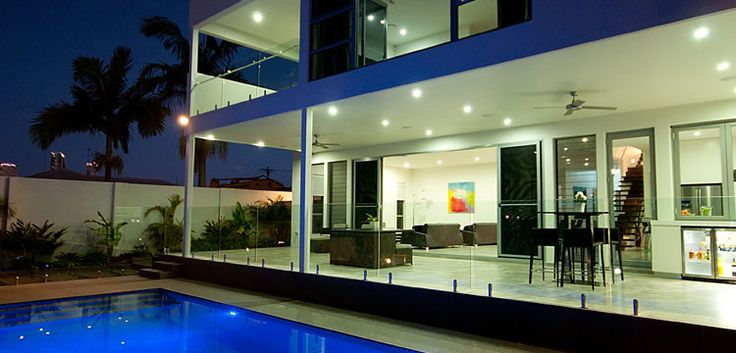 Since 2001, Absolut is providing excellence in glass pool fencing, glass balustrades, commercial glass installation and custom glass services. Absolut is a reliable choice for glass fencing and balustrades in gold coast.