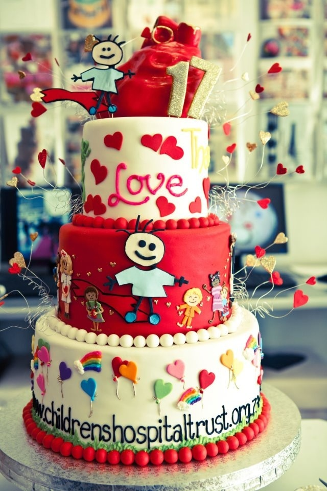 Mucking Afazing (Red Cross Children's Hospital) cake by Charly's Bakery Cape Town, South Africa!