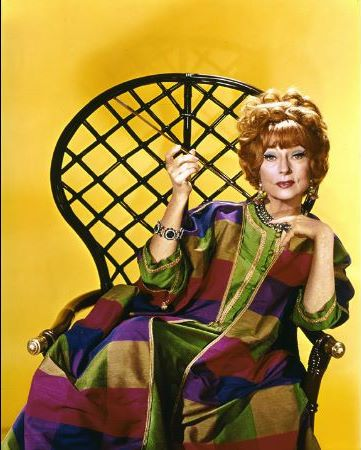 "Agnes Moorehead, a great actress played the mother if Samantha in ""Bewitched"". She also played in several other TV shows in the 1960s and 1970s."