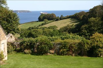 Apple Cottage / Cornwall / England / Britain / Special Places / Sawdays - Special Places to Stay