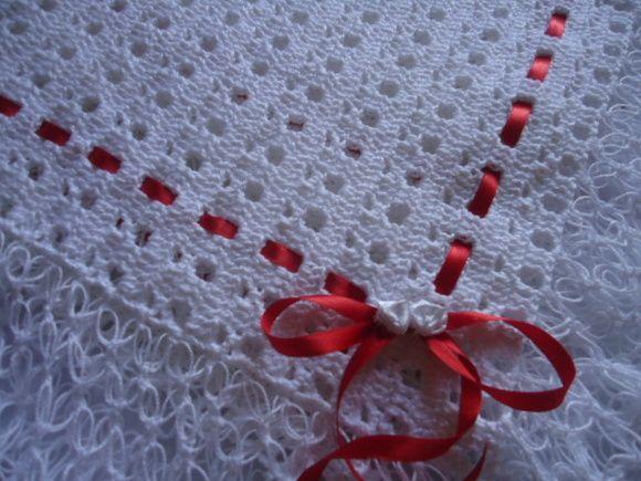 Manta para bebê em crochê linha 100% algodão. Diversas cores.