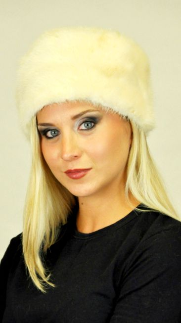 Scandinavian mink fur hat. Natural white-cream mink fur hat. It is a warm and trendy remedy against cold winter.  www.amifur.co.uk